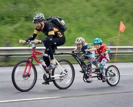 好有爱的亲子版自行车